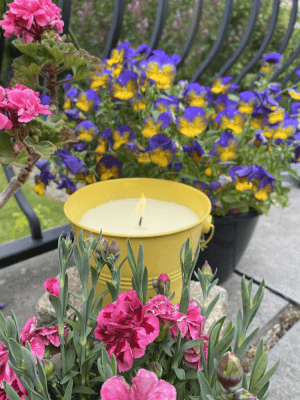 Large Citronella Painted Bucket Candle YELLOW